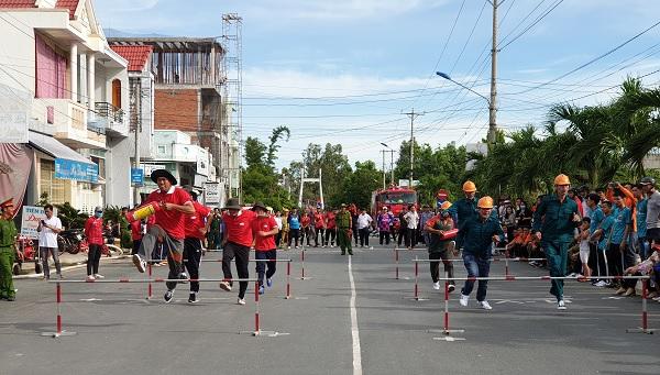 Huyện An Phú tổ chức Hội thao phòng cháy chữa cháy - Nguồn : ATV