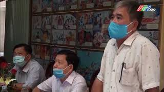 Lãnh đạo huyện An Phú chúc mừng lễ Phật đản - Nguồn : ATV