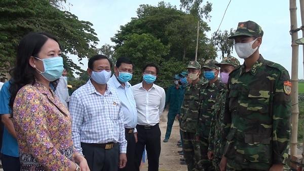 Bí thư Tỉnh ủy An Giang Võ Thị Ánh Xuân thăm lực lượng phòng, chống dịch bệnh Covid-19 huyện An Phú - Nguồn :